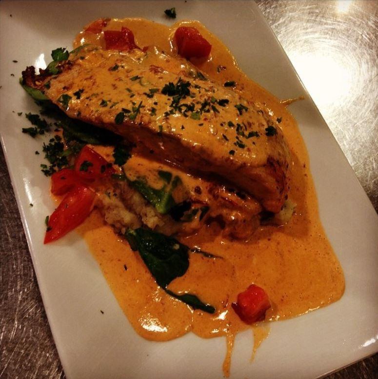 dx-salmon-chipotle-sauce