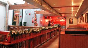 cropped-dx-restaurant-interior.jpg