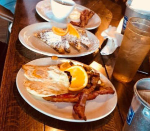 Saturday Brunch @ Dick's Pub & Restaurant