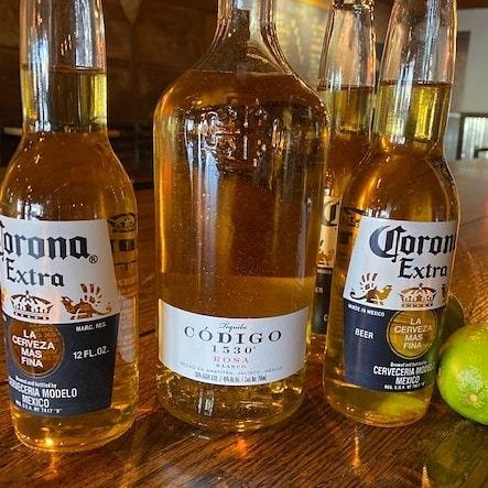 Codigo and Corona
