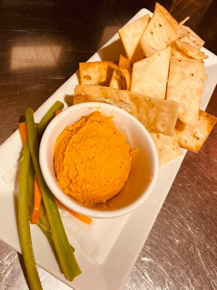 Sirachi Hummus